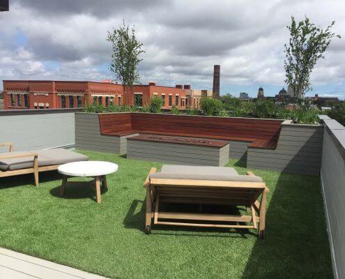 Rooftop Deck & Outdoor Seating