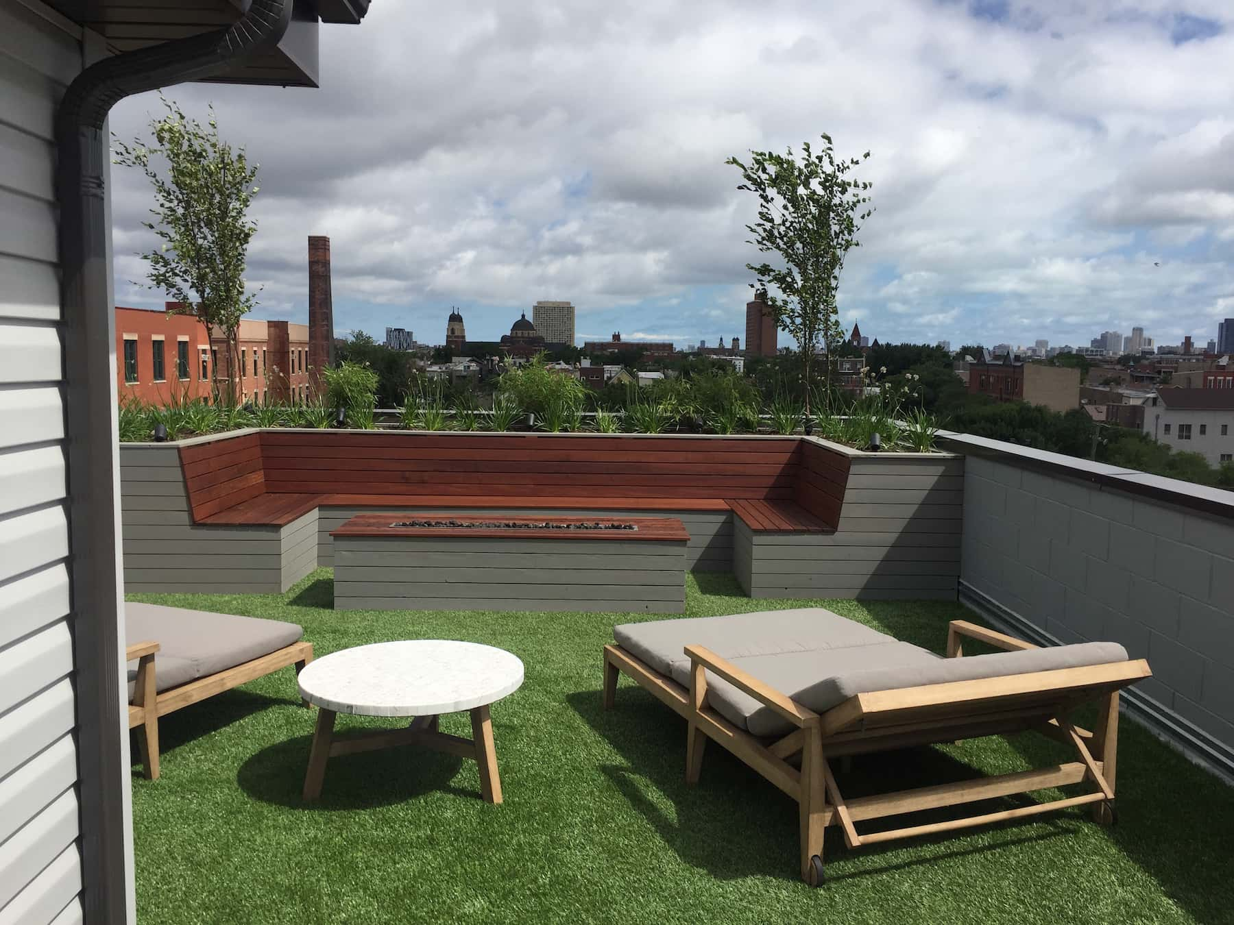 Rooftop Deck With Green Space & Built In Seating