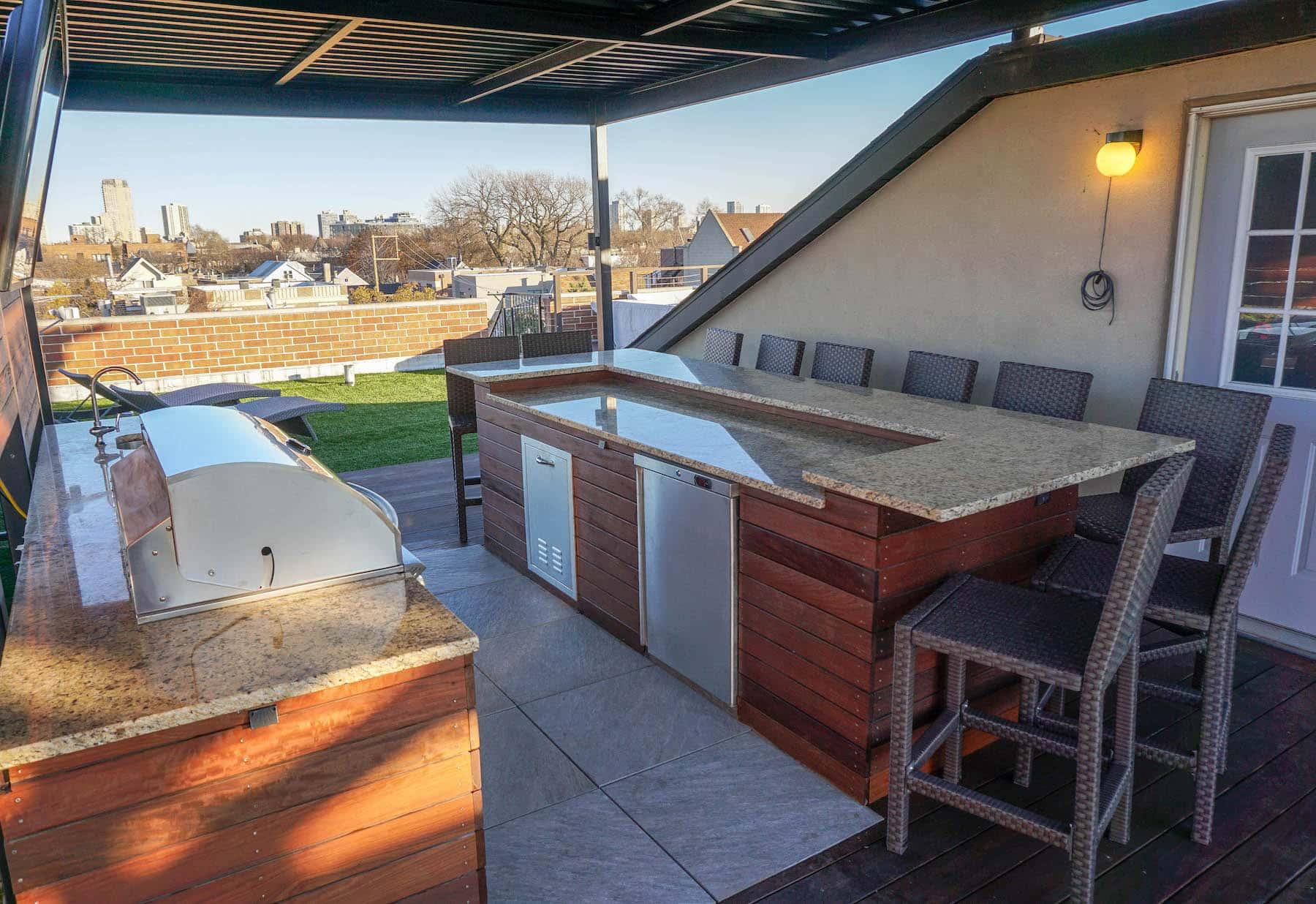 Outdoor Kitchen and Pergola