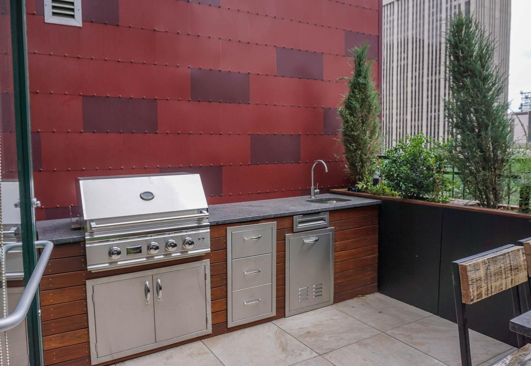 Built-In Furniture Rooftop Deck Outdoor Kitchen Built-In Planters Downtown Denver